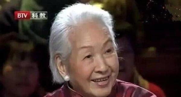 Mắc ung thư, cụ bà vẫn sống 115 tuổi, bí quyết nằm ở 4 điểm
