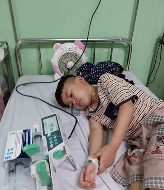 Bé trai cần 1.5 tỷ đồng ghép tủy đã được bạn đọc VietNamNet ủng hộ gần đủ tiền