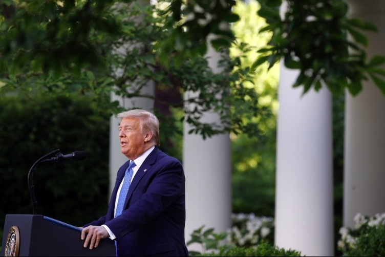 Ông Trump dọa triển khai quân đội để dập biểu tình