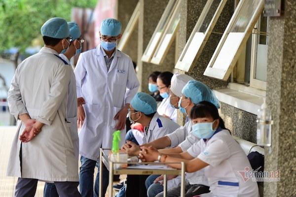 Học phí chỉ 13 triệu, trường Y ở Sài Gòn chật vật tồn tại