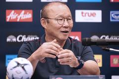 """Chân sút tuyển Việt Nam dính """"bão"""": Thầy Park không vội lo!"""