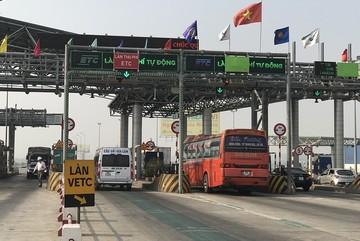 Ông Nguyễn Văn Thể nhận phê bình nhưng chủ xe  'kêu' thu phí không dừng bất tiện