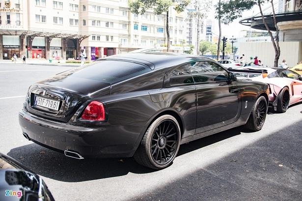 Rời ông Đặng Lê Nguyên Vũ, Rolls-Royce Wraith được lột xác ấn tượng