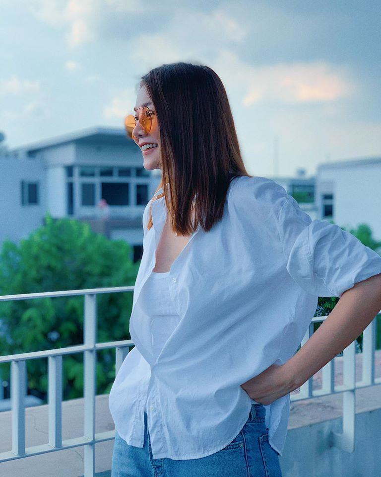 BTV Mai Ngọc khiến khán giả xao xuyến với vẻ đẹp đằm thắm