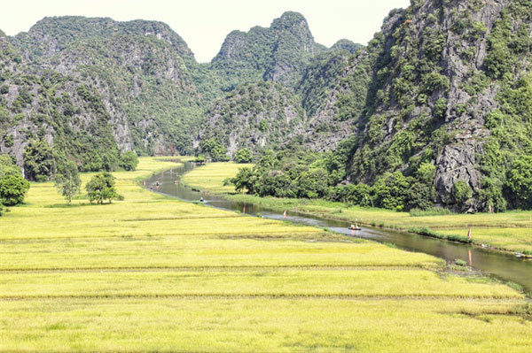 With pandemic under control,Ninh Binh opens arms to tourists