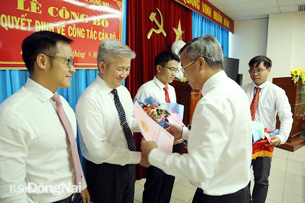 Điều động, bổ nhiệm nhân sự Hà Nội, TP.HCM và 5 tỉnh
