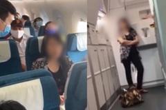 Nữ hành khách 'đại náo' trên máy bay vì không chịu được mùi nước hoa