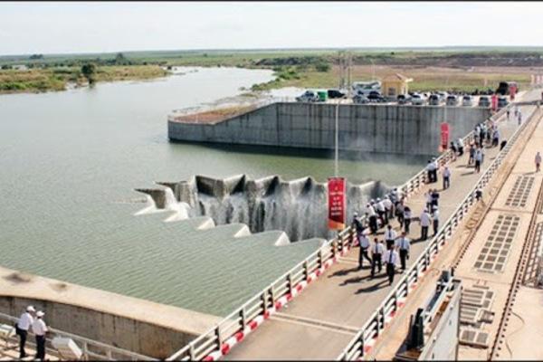 Nhờ có hệ thống thủy lợi Phước Hòa, nông dân tăng từ hai vụ tăng lên bốn vụ