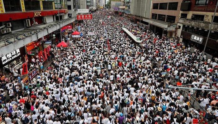 Trung Quốc trước ngã ba đường