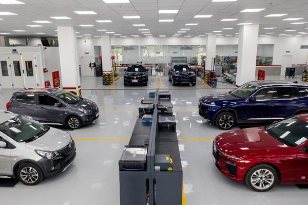 VinFast ưu đãi 'Trước bạ 0 đồng - Bảo hành 5 năm' cho dòng xe Lux