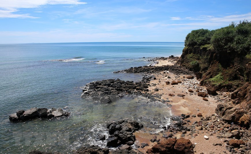 Untouched beauty of Treo cape in Quang Tri