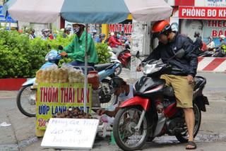 Thai fruits flood domestic market despite harvesting time in Vietnam