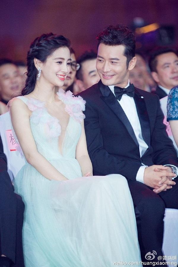 Huỳnh Hiểu Minh ghi hình không quên xin đồ ăn, công thức về cho vợ