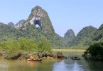 Looking an angel in the eye in Cao Bang