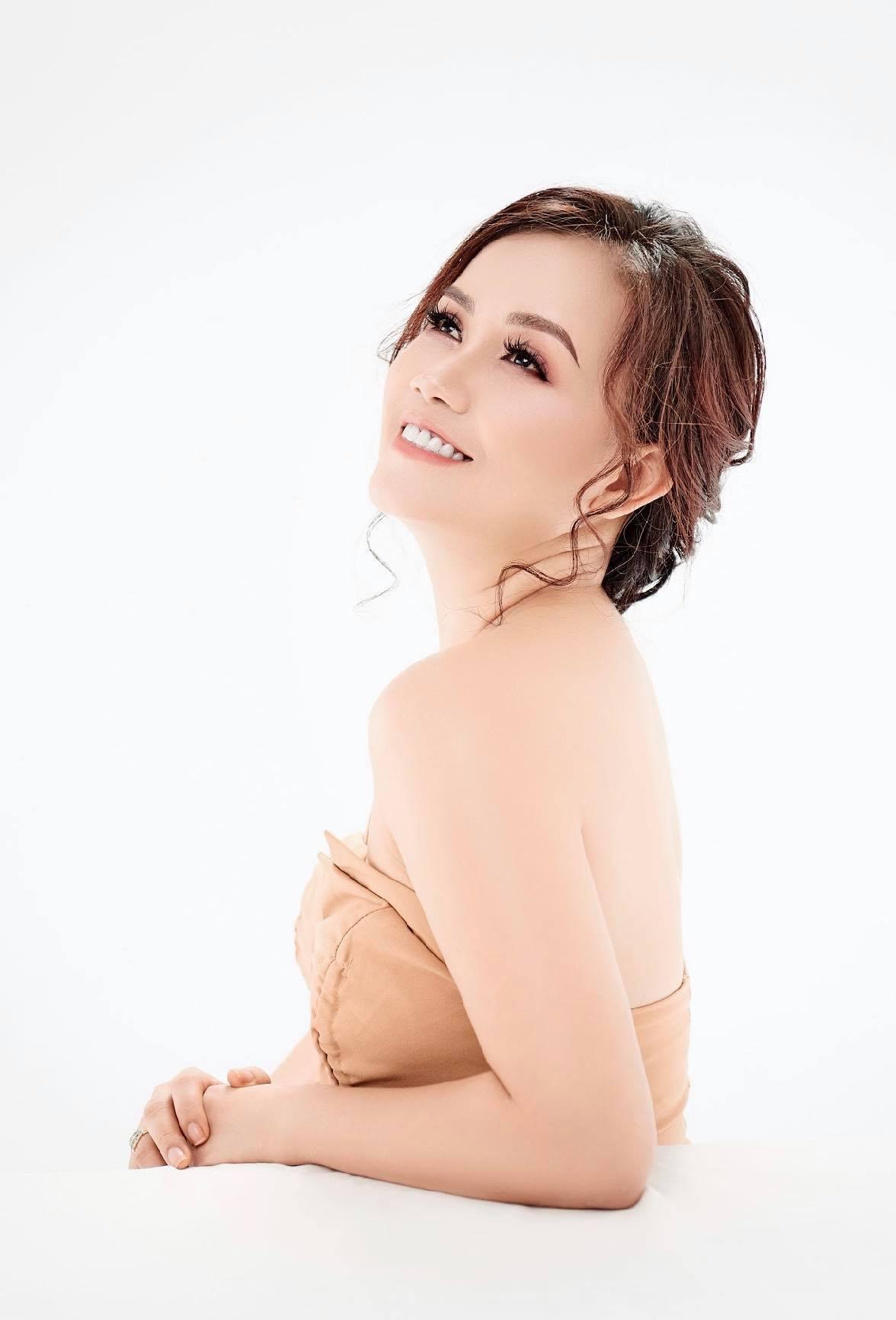 Diễn viên Hoàng Yến: Hạnh phúc với tôi đơn giản lắm!