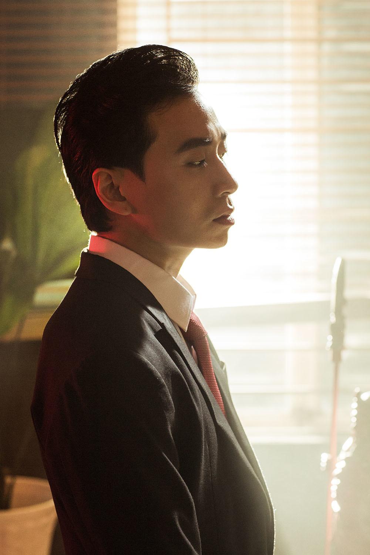 Karik vào vai sát thủ trong MV đậm chất phim hành động