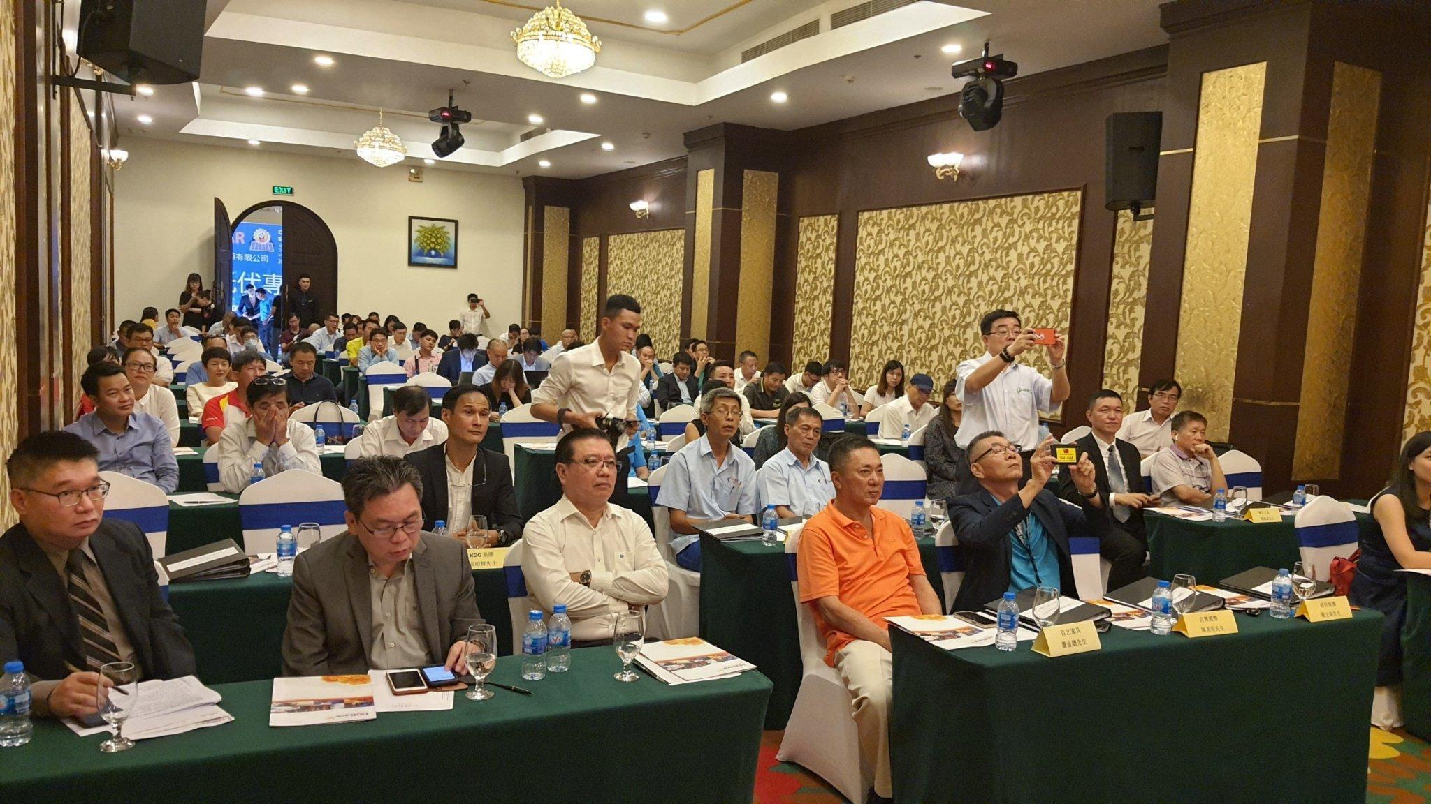 SG IPC 'bắt tay' 10 doanh nghiệp phát triển năng lượng mặt trời áp mái
