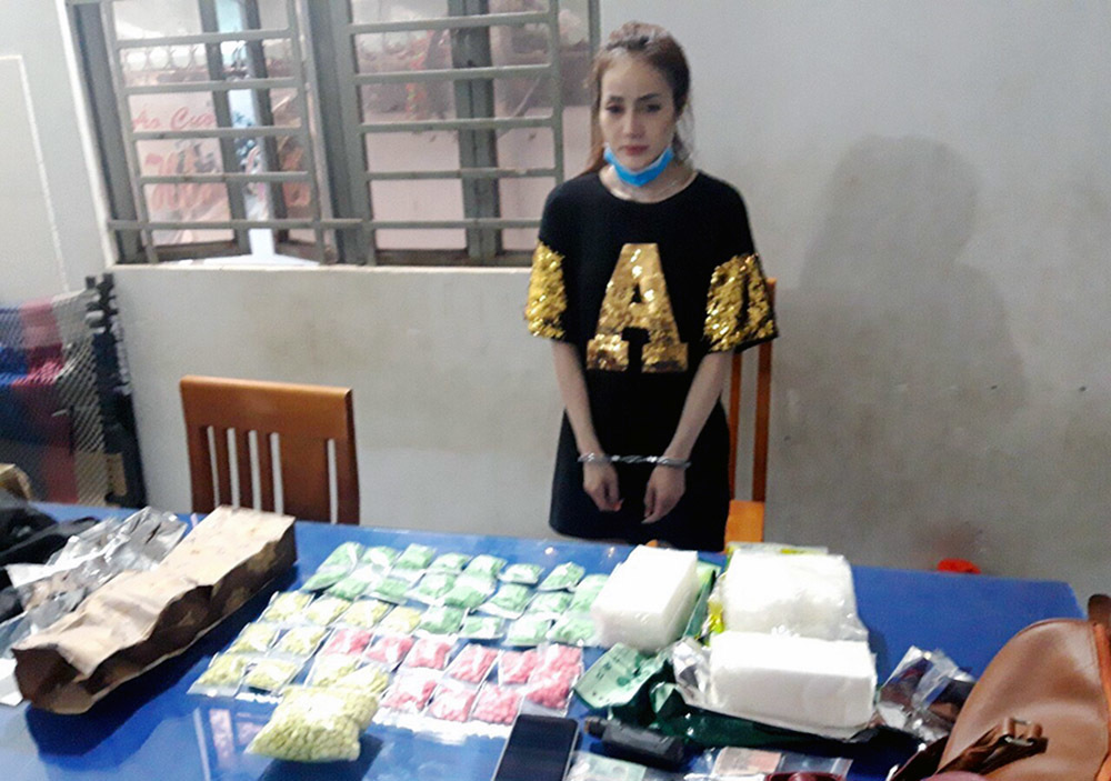 Nữ DJ xinh đẹp vận chuyển thuê 4kg ma tuý với giá 500 USD