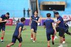 Trực tiếp Hà Nội 0-0 HAGL: Hùng Dũng đấu Tuấn Anh (H1)