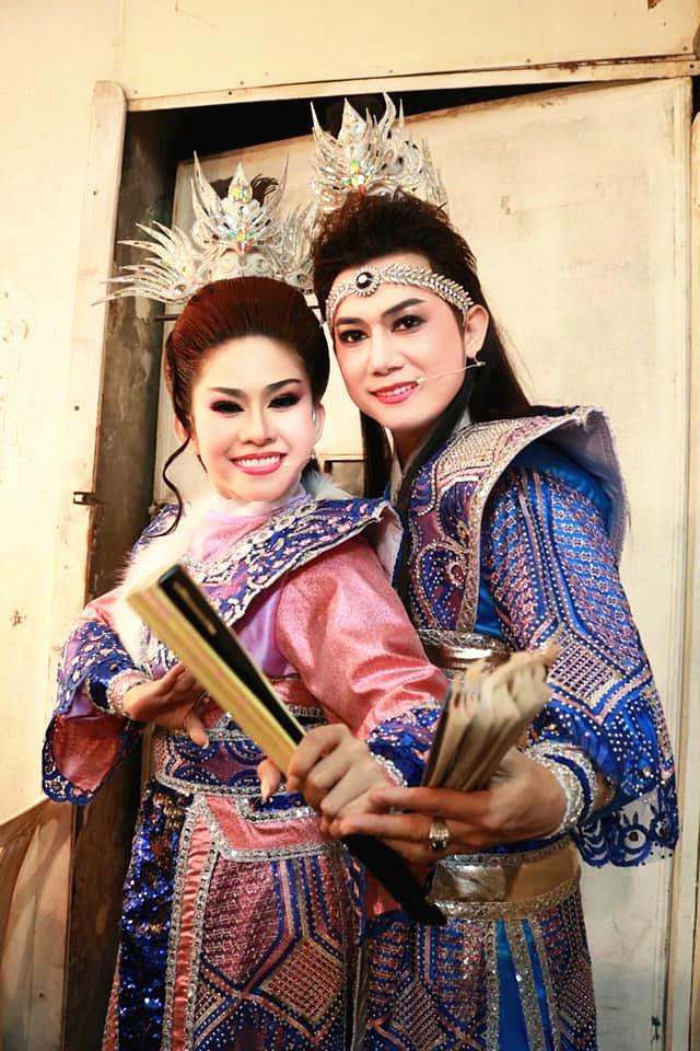 Bật mí về nghệ sĩ cải lương Thái Vinh 'gà trống nuôi con'