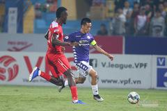 HAGL vỡ hàng thủ, Văn Quyết cảnh báo Hà Nội FC