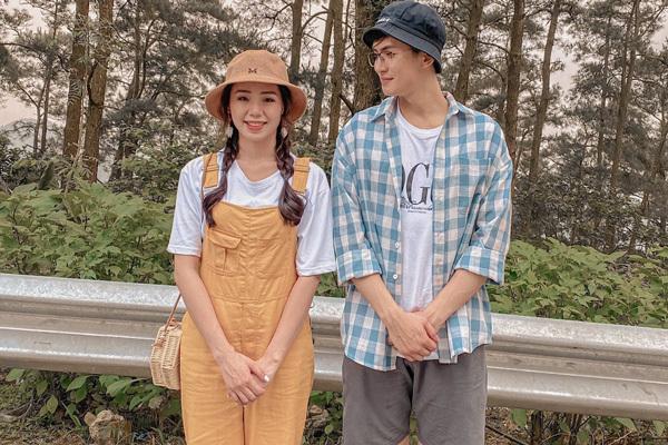 Hương Ly mời thầy giáo hotboy đẹp trai nổi tiếng đóng MV