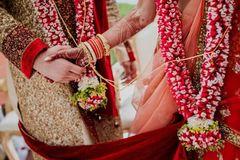 Chồng trả thù vì lấy vợ không nhận được của hồi môn