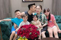 Người mẹ 5 con tiết lộ bí quyết giúp các bé nhanh biết nói