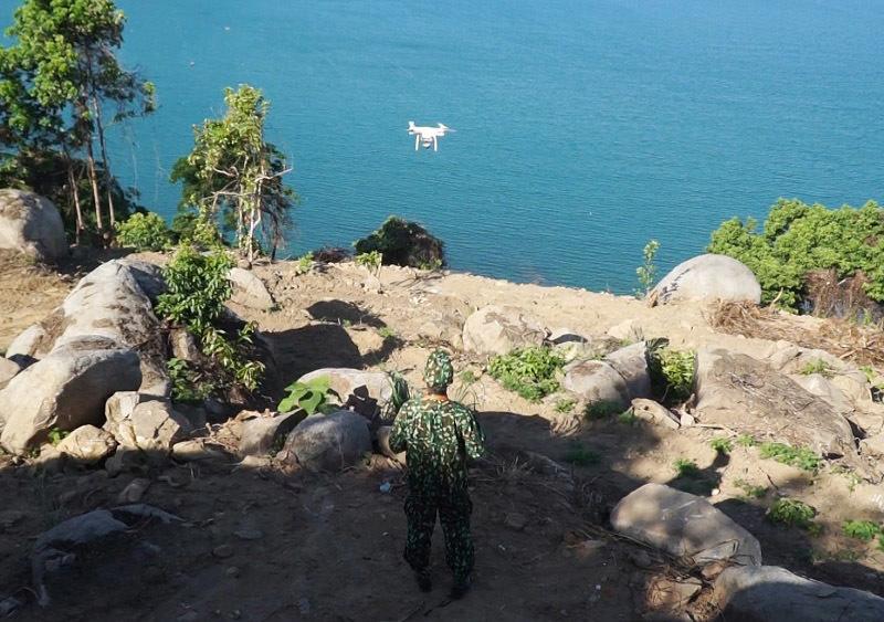 Dừng bay flycam, tập trung trinh sát băng rừng truy lùng Triệu Quân Sự