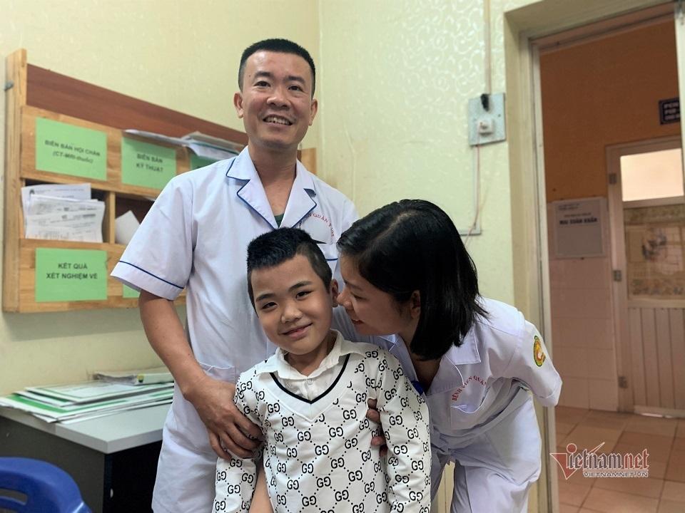 Gặp lại bệnh nhi đầu tiên được ghép phổi ở Việt Nam