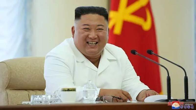 Kim Jong Un họp Bộ Chính trị, yêu cầu xây thêm nhà cho dân