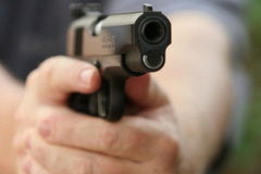 Vụ trung úy công an nổ súng trong quán nhậu: Người bị bắn là công an