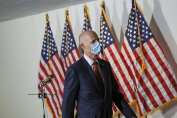 Coronavirus: US-China virus row flares with senator's comments