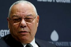 Trump 'drifted away' from constitution, says ex-military chief Colin Powell