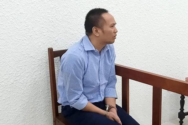 Lao như thiêu thân vào đâm vợ cũ và tình địch ở Hà Nội