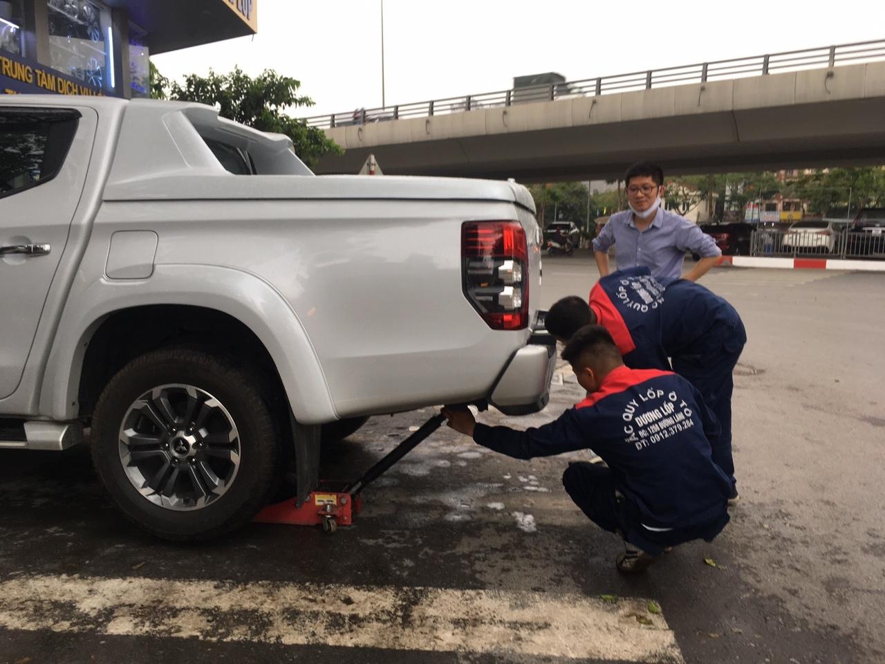 Mẹo tránh nổ lốp khi lái xe giữa trời nóng đỉnh điểm