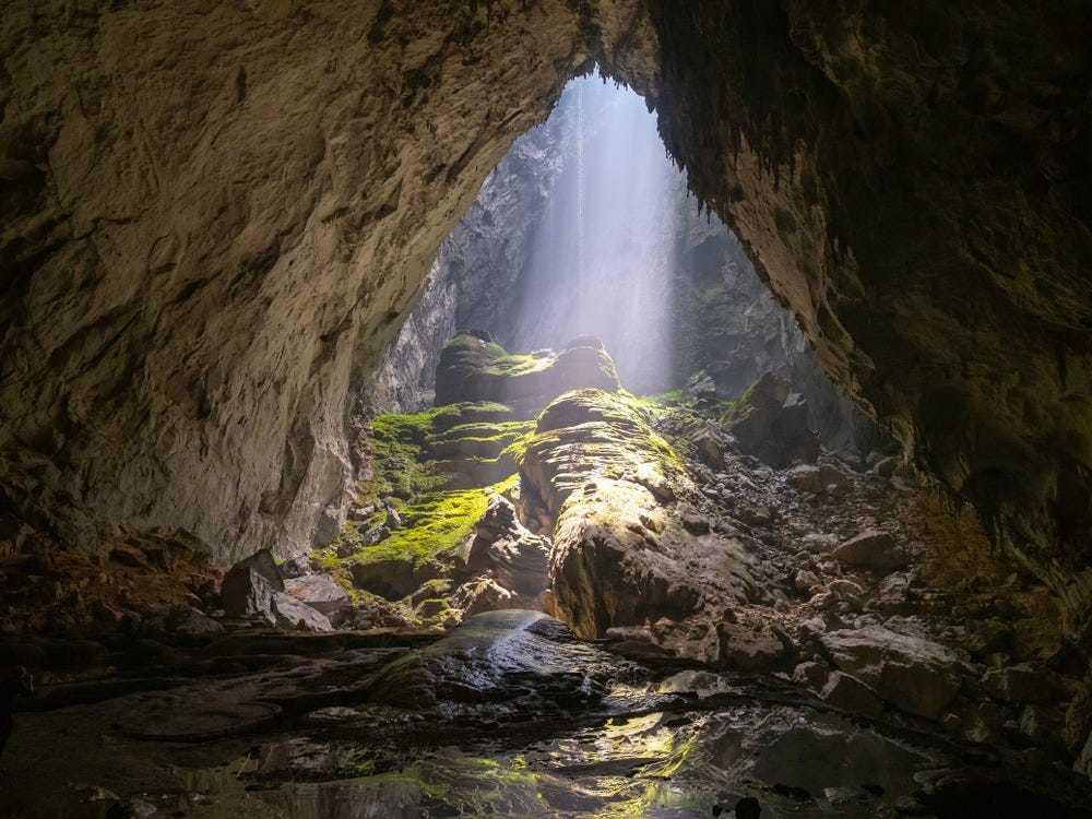 Hang Sơn Đoòng được vinh danh kỳ quan phá vỡ kỷ lục tự nhiên
