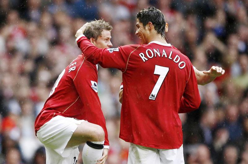 Solskjaer khen hết lời, muốn Ronaldo trở lại MU
