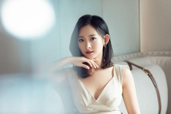 Nữ diễn viên 'Anh hùng xạ điêu' khởi kiện vì bị ông chủ quấy rối và đe dọa