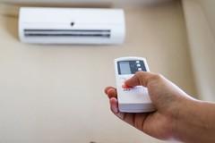 Cách tiết kiệm điện đơn giản, đỡ tốn tiền trong những ngày hè