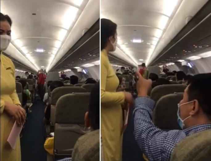 Cấm bay 1 năm với khách lăng mạ tiếp viên