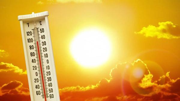 Giải pháp theo dõi sức khỏe tại nhà trong ngày nắng như đổ lửa