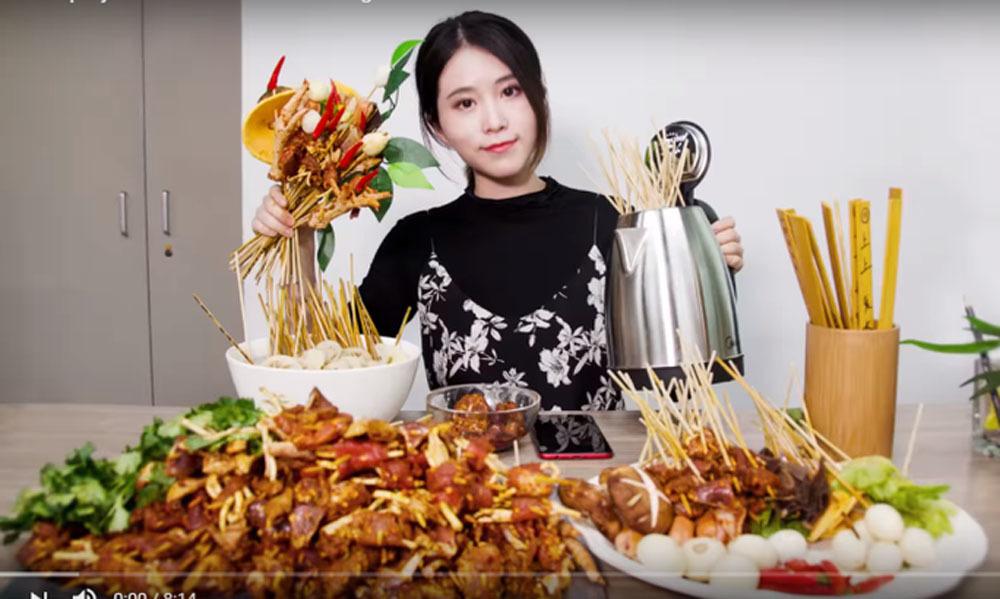 Ba cô gái nổi đình đám trên mạng nhờ tài ăn uống