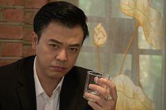 Vào vai thẩm phán biến chất, MC Tuấn Tú mong khán giả ghét
