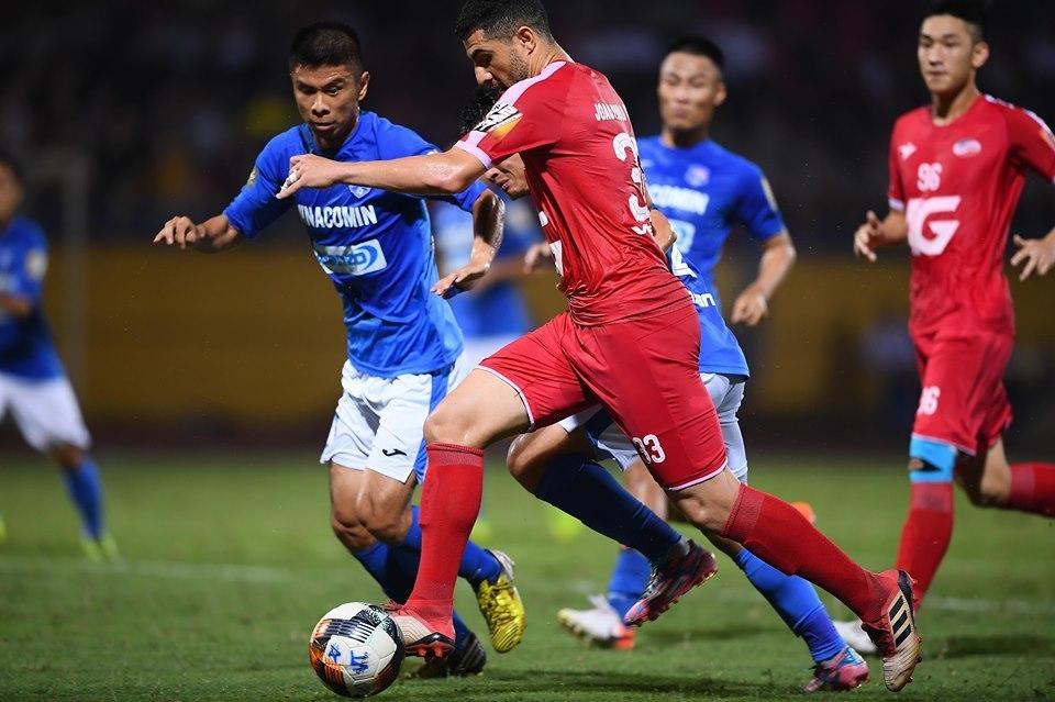 Viettel vs Than Quảng Ninh: Gọi tên các cầu thủ thứ 12