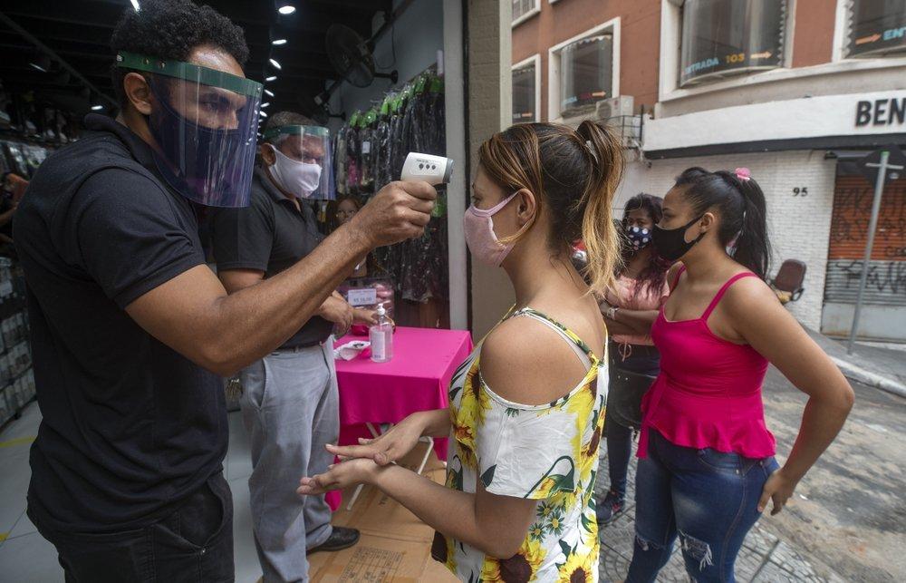 Nga thử vaccine Covid-19, số ca nhiễm tại Brazil tăng đột biến