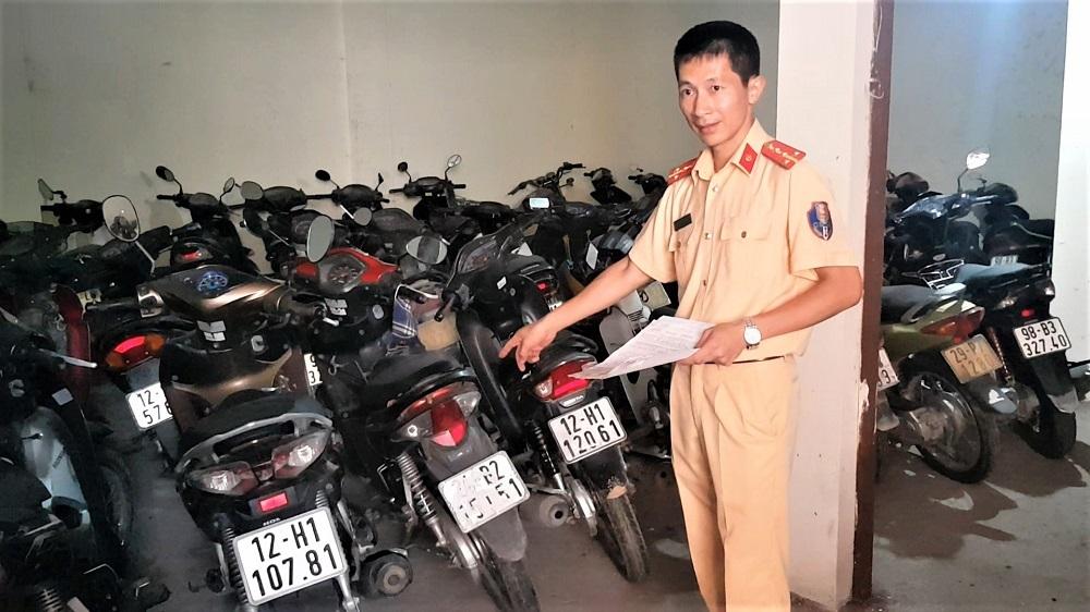 Vi phạm nồng độ cồn, nhiều tài xế bỏ xe không nộp phạt