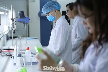 Enjoying financial autonomy, medical schools raise tuition