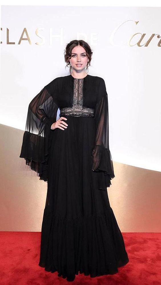 Phong cách quyến rũ của 'Bond Girl' Ana de Armas