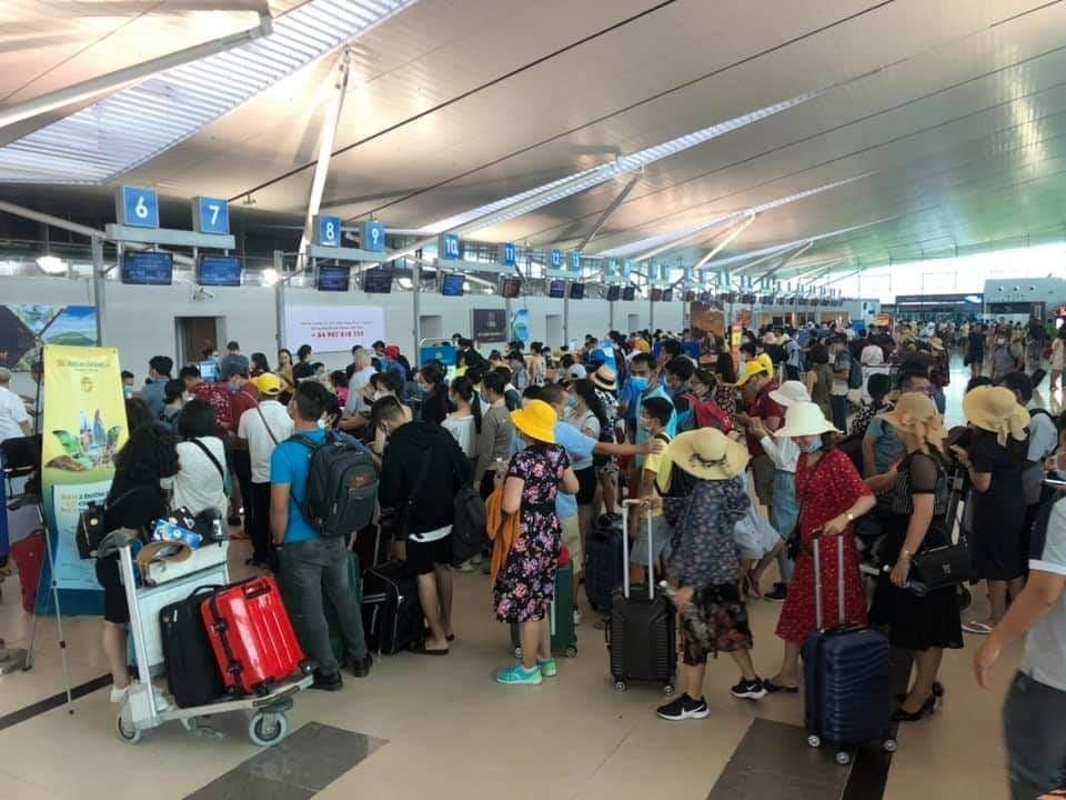 Hàng không Việt Nam náo loạn vì máy bay Vietjet chệch đường băng